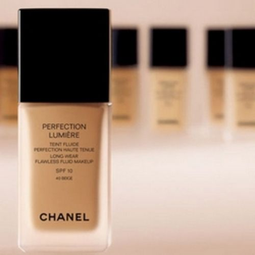 Foundation - Perfection Lumière Chanel