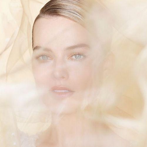 Margot Robbie embodies the Chanel perfume: Gabrielle Essence