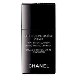 Chanel Perfection Lumière Velvet Foundation